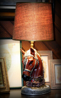 VINTAGE CHARMING 1950s HORSE HEAD LAMP - VERY REALISTIC!