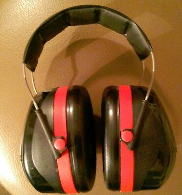 Peltore Optime 105 Ear muffs / ear protection / hearing protector, Class type A.