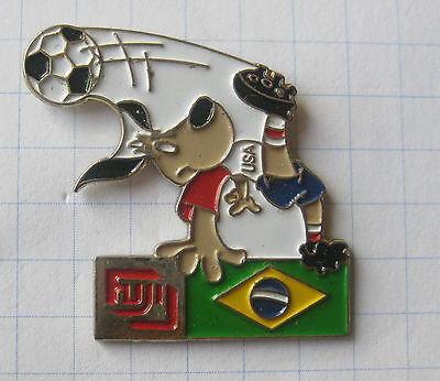FUJI / FUSSBALL WM 94 USA / STRIKER / BRASILIEN .....Sport / Foto Pin (162h)