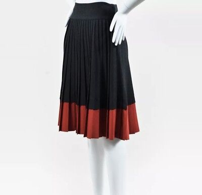 Marc by Marc Jacobs Dark Gray & Red Wool Pleated Skirt SZ 2