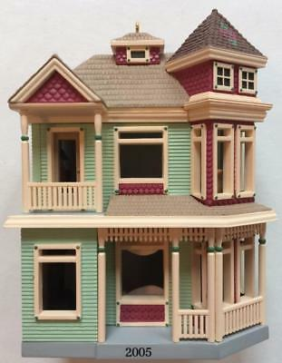 2005 Victorian Home Hallmark Ornament Nostalgic Houses and Shops #22