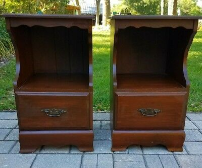 2 Nightstand end table vintage colonial early american