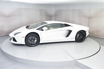 2015 Lamborghini Aventador Coupe in Bianco Isis with 2,223 miles 2015 LAMBORGHINI AVENTADOR COUPE LP700-4 IN BIANCO ISIS WITH NERO ADE INTERIOR