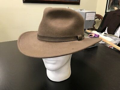 Man's New-make Classic FEDORA-style brown hat, SIZE XL 7 3/8.