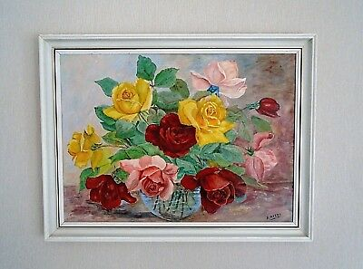 Lovely vintage original oil on board, still life Roses, signed A Avery. Framed