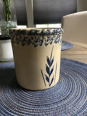 Robinson Ransbottom RRP Blue Wheat Spongeware 1 Qt High Jar Roseville Ohio Crock