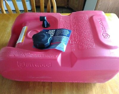 Attwood Six 6 Gallon Boat Gas Can New Old Stock