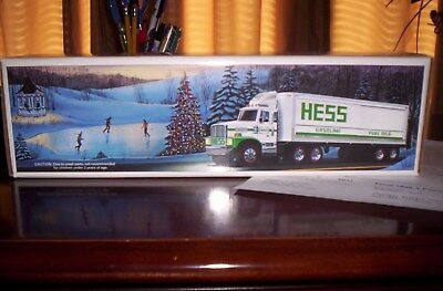 Price Reduced, 1987 Hess Truck, Nib, Rare Solid Tanks, Box, And All Inserts