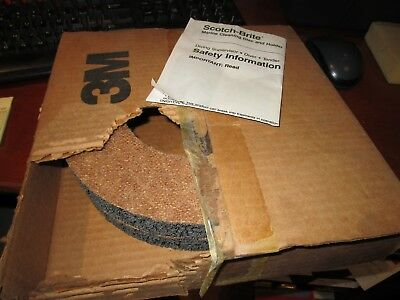 3M Scotch-Brite Marine Cleaning Discs X 2, 61-5000-1539-3, New Never Used.