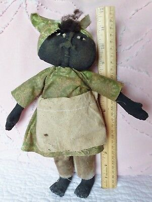 BLACK AMERICANA lady Grandma type doll primitive style old-fashioned 11 in. doll