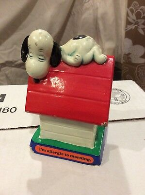 """VINTAGE PEANUTS SNOOPY ON DOG HOUSE """"I'm Allergic To Morning"""" 4.50"""" tall 1971"""