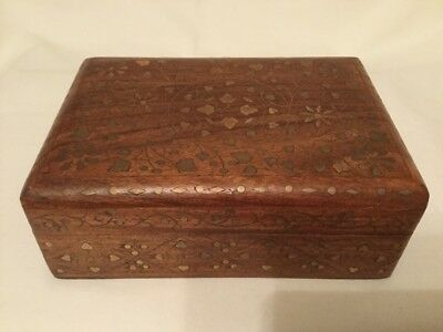 Wooden Trinket Box With Gold Inlay Pattern