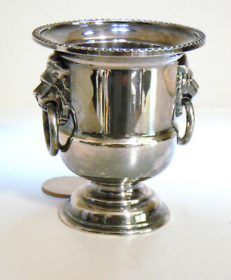 Viners Of Sheffield Of England Small Footed Silver Plated Cup Urn Lion Head