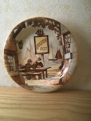 Charming Staffordshire Pottery New Hall Plate Fisherman By The Sea 4.5 Inches