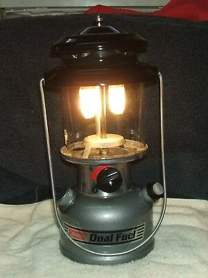 Vintage Coleman Double Mantle Lantern, Model 285-700T, Dated 8-99--Very Nice