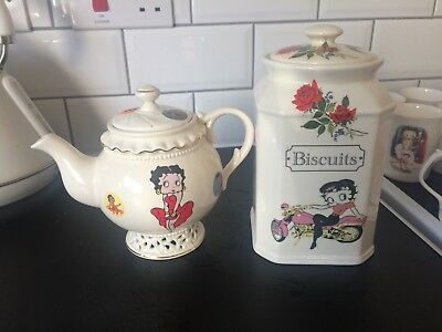 New Betty Boop Teapot And Biscuit Barrell