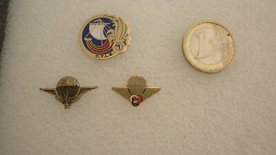 Lot De 3 Pins  / Legion + Para