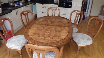 Elegant Burr Walnut Veneer Oval Extending Dining Table with 6 chairs