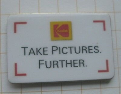 KODAK / KEEP PICTURES FURTHER  / FILM ............... Foto Pin (176h)