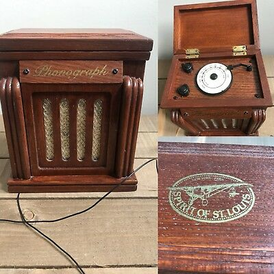 Spirit of St Louis Wooden Brown Phonograph AM FM Radio Battery Operated