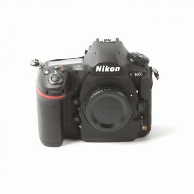 Véritable Nikon D850 Digital SLR Camera (Body Only)