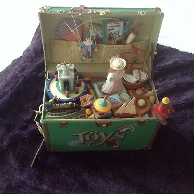 Vintage Enesco Animated Music Box Working In Very Good C