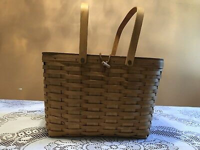 Longaberger Large Picnic Basket with Leather Hinge Lid and Protective Liner