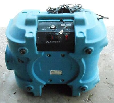 Dri-Eaz F284 DefendAir Air Scrubber & Negative Air Machine HEPA 500 used 02669