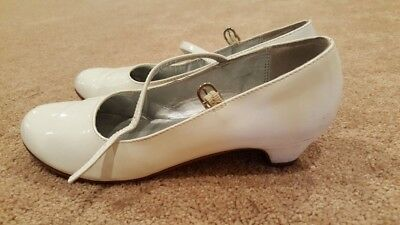 Nina Girls White Heels, Size 3.5, In Good Condition
