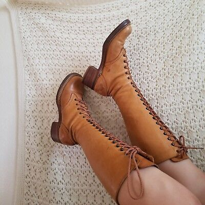 1970s Size 8 Authentic Leather Campus Lace Up Bort Carleton Boots