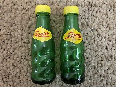 Vintage Squirt Green Glass Bottle Salt & Pepper Shaker Set Collectible Mexico