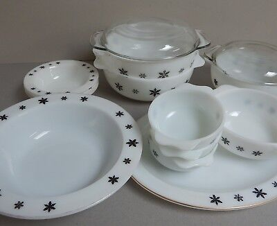 14x VINTAGE PYREX GAIETY CROWN TABLEWARE - BLACK SNOWFLAKE DESIGN
