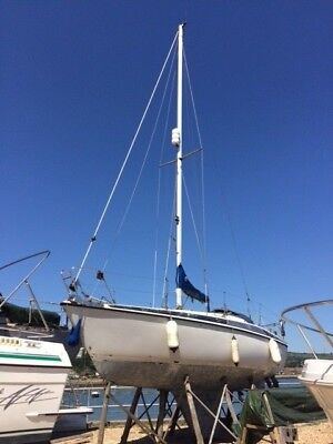 Maxi 84 project sailing yacht, 1983, fin keel, Volvo Penta diesel, Portsmouth