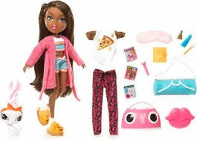 Bratz Sleepover Party Set Sasha