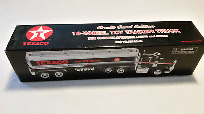 1997 TEXACO 18-WHEEL TOY TANKER TRUCK CREDIT CARD EDITION COINBANK 1/32 scale