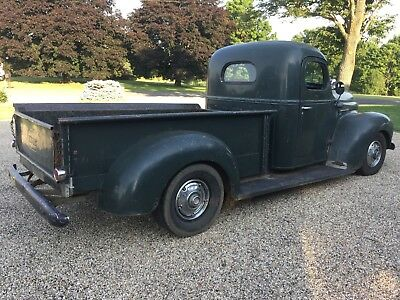 1949 International Harvester pickup 1/2 ton  1949 International Pickup, awesome truck for the price, I can ship worldwide
