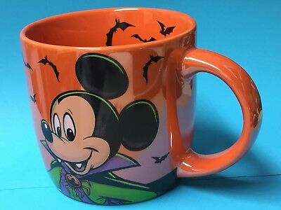 WALT DISNEY MUG Dracula MICKEY MOUSE HALLOWEEN Boo to You Perleascent NEW BOXED