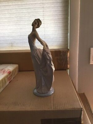 "VINTAGE LLADRO BALLERINA DANCER FINAL POSE 11.75"" Pre Owned"