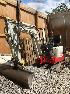2010 Takeuchi TB108 Micro Mini Digger Excavator - C/w 3 Buckets - Low Hours