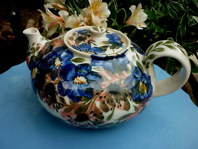 Fab Gwili Pottery,Carmarthen,Wales,Floral Design Pot Belly Tea Pot.Signed
