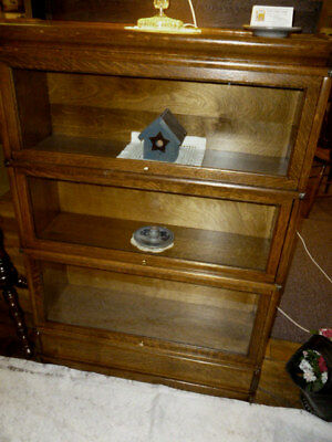 antique Oak bookcase Globe Wernicke 3 stack D size 299. refinished restored