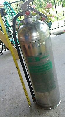 Vintage Badger Pressurized Water Fire Extinguisher Model WP-40