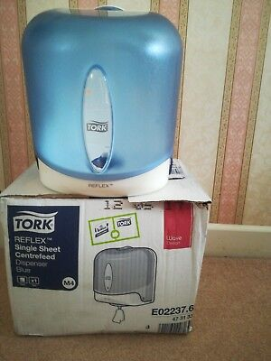 tork reflex single sheet centrefeed dispenser blue