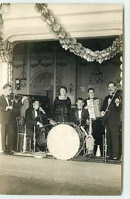 Carte-Photo - Groupe de Musiciens