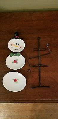 Black Metal Santa Plate hanger. Santa is 3 Plates.