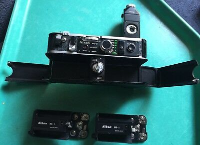 Nikon MD-2 Motor Drive MB-1 Battery Pack with 2x MS-1 Holders