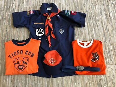 Boys Scouts Of America Tiger Cub Uniform 3 Shirts Hat Belt Scarf And Tie