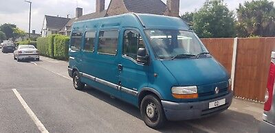 Renault Master Minibus 13 + Driver with Tail lift