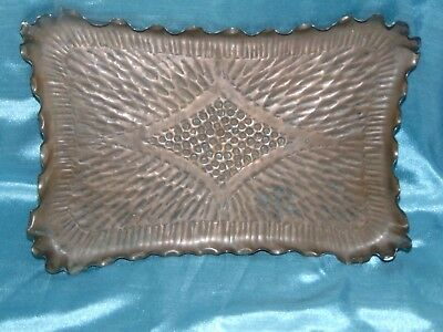 Exquisite Antique Arts & Crafts Hand Plemished Copper Tray - Stunning Patina
