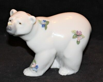 Lladro Polar Bear With Flowers & Butterfly 6354 With Box
